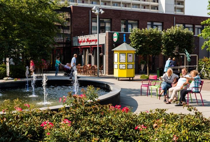 1._theaterplein_theatre_square.jpg
